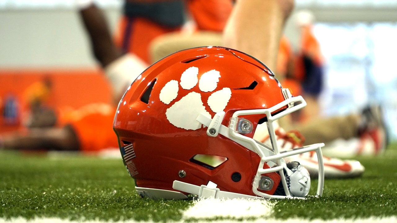 Espn To Air Clemson S Orange And White Scrimmage In April
