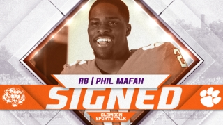 Peach State running back signs with Clemson
