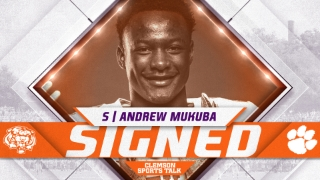 Four-Star Lone Star State SafetyAndrew Mukuba signs with Clemson