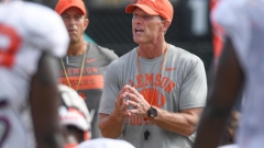 Brent Venables talks defense ahead of crucial matchup with Wolfpack